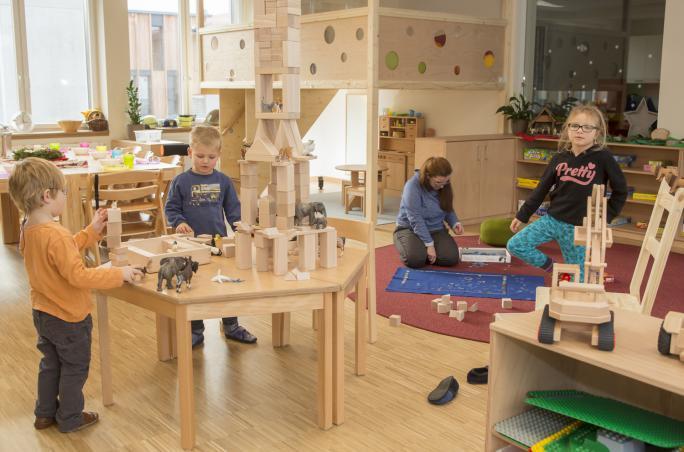 A.T. Kearney, Vaude, Family Award, Martin Sonnenschein, familienfreundliches Unternehmen, flexible Arbeitszeiten, betriebseigener Kindergarten