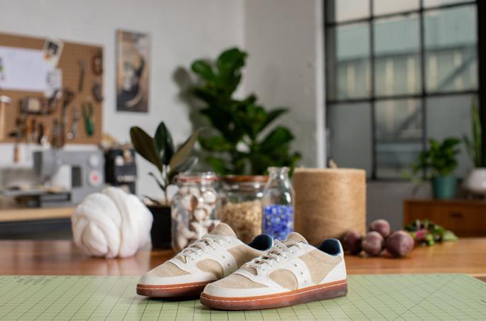 Saucony lanciert biologisch abbaubaren Sneaker
