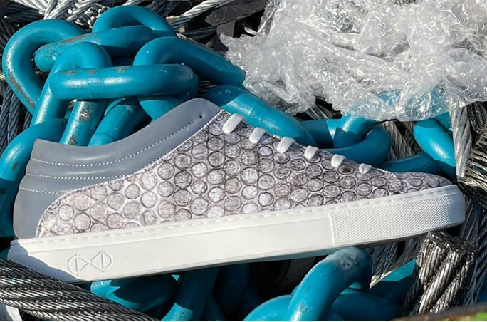 Sneaker aus recycelter Luftpolsterfolie von Nat-2.