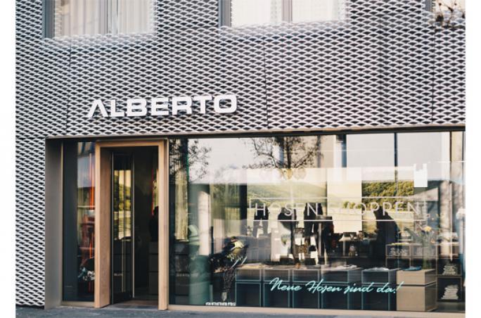 Alberto: Concept Store in Mönchengladbach mit neuer Fassade