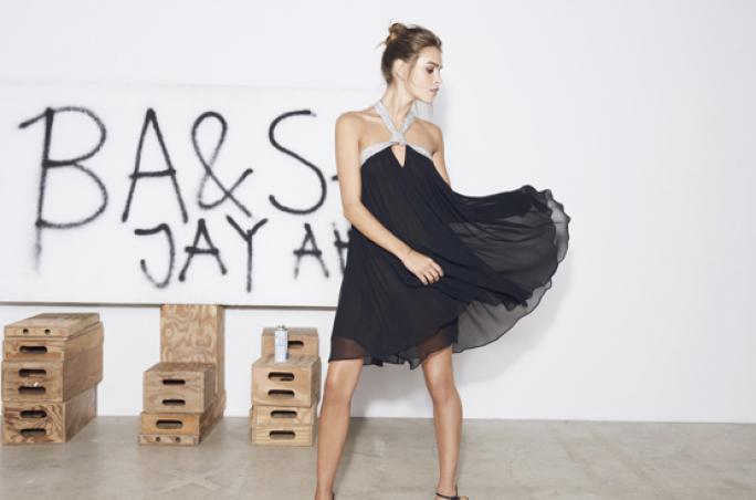 Ba&sh kreiert Christmas-Collection mit Jay Ahr