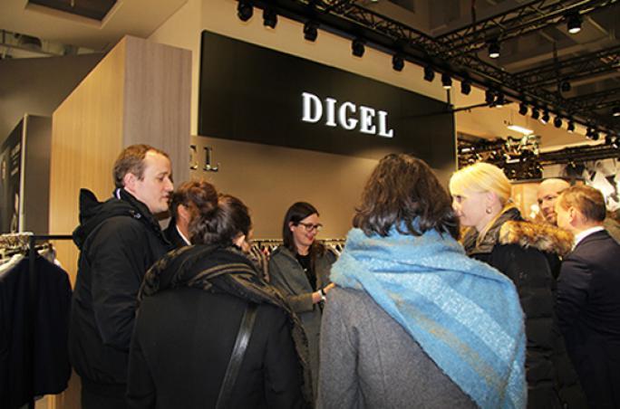 Textil- und Modeindustrie e.V.: Polit Fashion Tour in Berlin