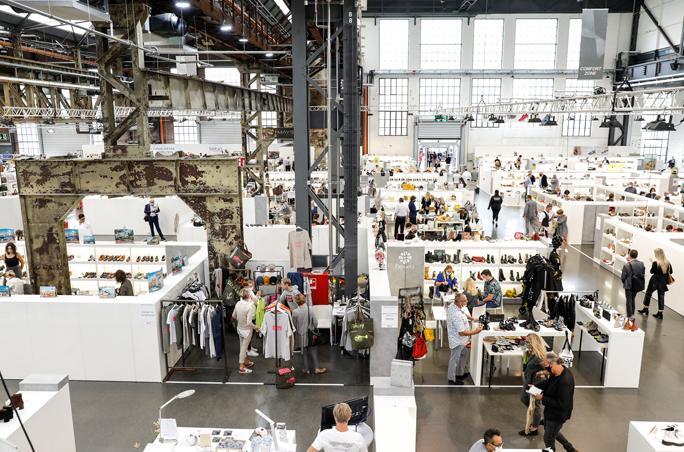 Gallery Fashion & Shoes: Nur digital dafür mit längerer Laufzeit