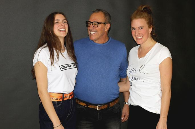 Roberto Chini mit Töchtern