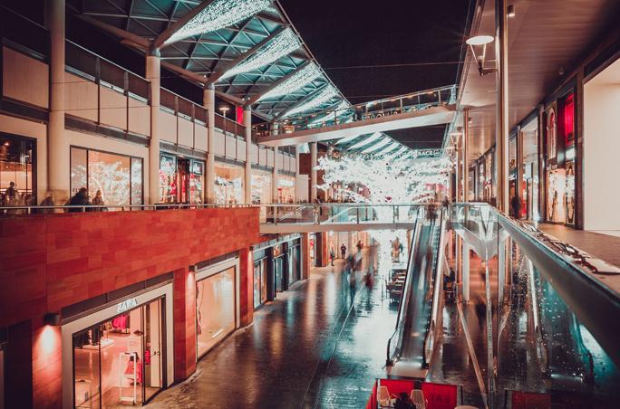 HDE: Sinkende Kundenzahlen und Umsätze in den Innenstädten