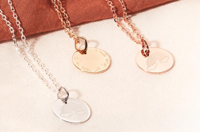 Merci Maman launcht Charity Halskette