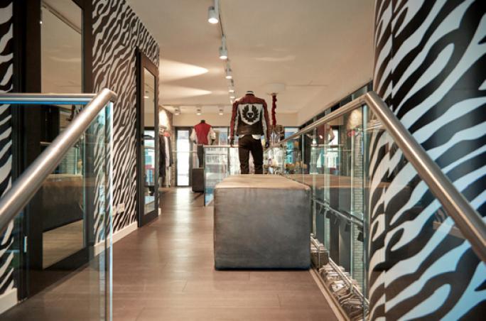 Different Fashion: Neuer Store für Männer