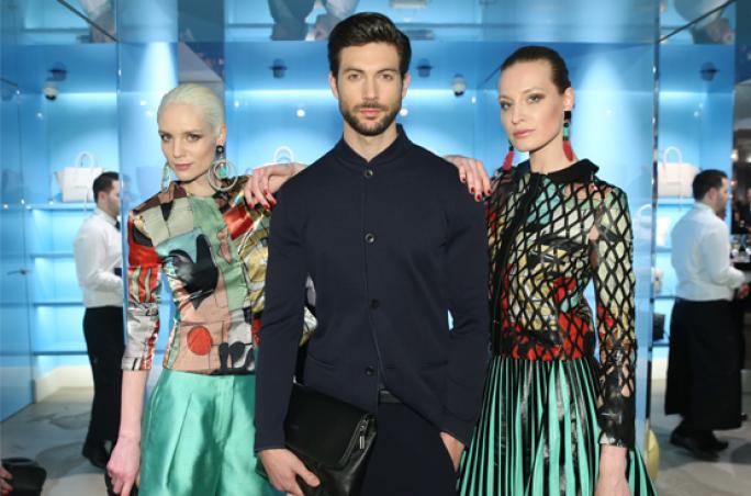 Apropos präsentiert neue Armani Kollektion