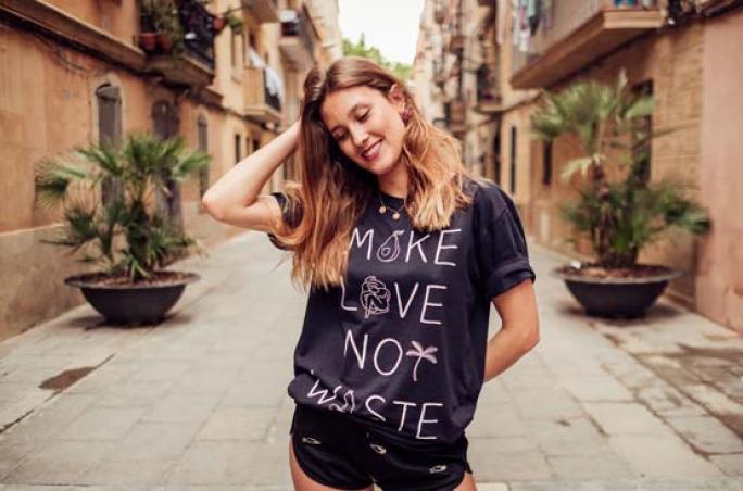 Avocadostore x Knowledge Cotton Apparel: T-Shirts für den guten Zweck