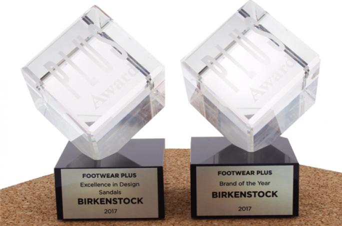 Birkenstock gewinnt Plus Awards