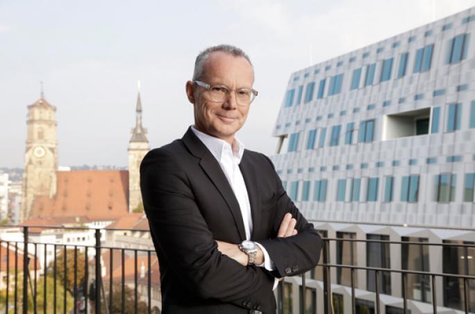 Breuninger verabschiedet Dr. Bernd Schade