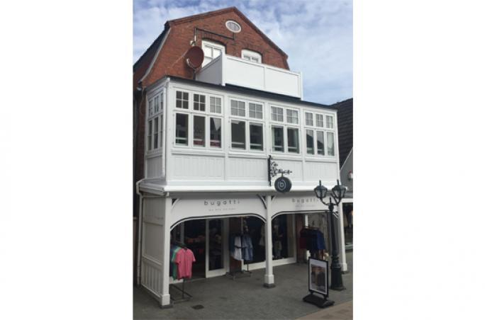 Bugatti mit Store auf Föhr