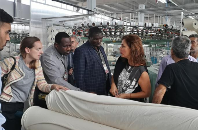 Cotton made in Africa reist mit Baumwollproduzenten in die Türkei