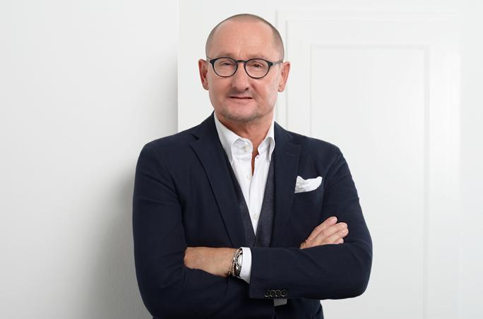 Gerhard Kränzle, Hiltl