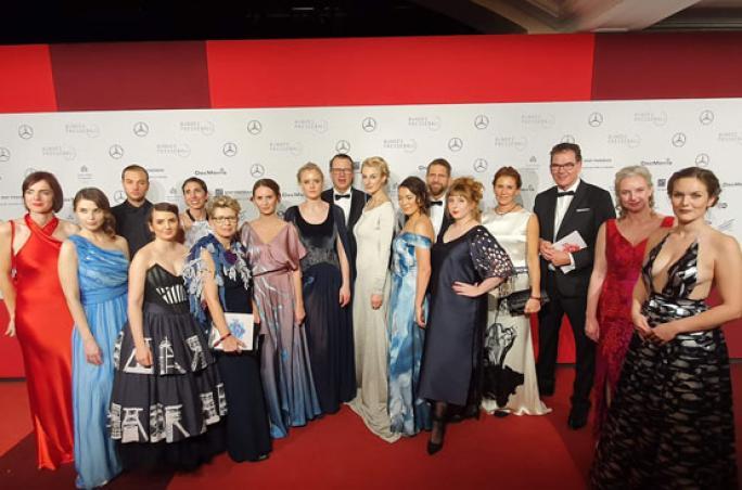 Hochschule Niederrhein präsentiert textile Kreationen