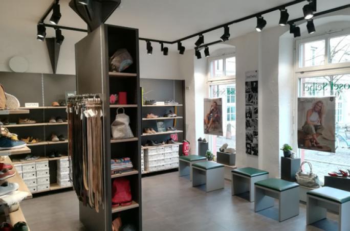 Josef Seibel präsentiert neuen Concept Store