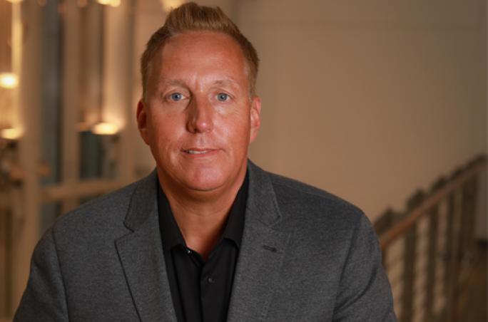 Lloyd gewinnt neues Mitglied im Bereich Retail