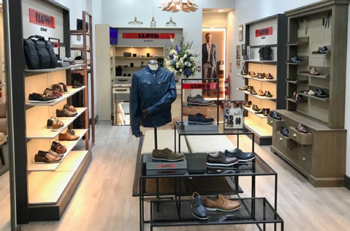 Lloyd: Erster Store in Peru