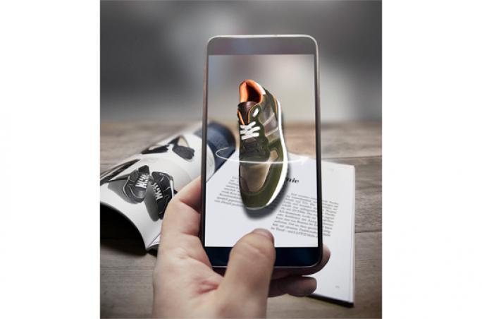 Lloyd: ShoeViewer-App als Mehrwert für Händler und Kunden