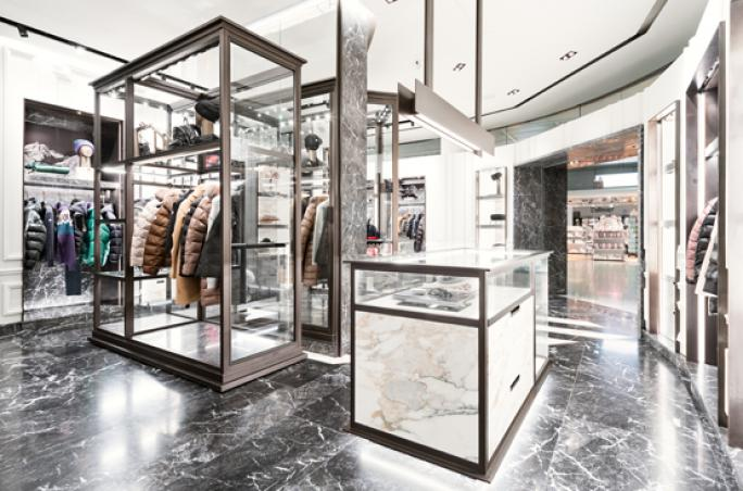 Moncler eröffnet Shop am Flughafen München