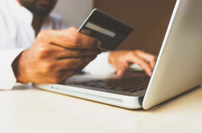 HDE: Digitalisierung fällt mittelständischem Handel schwer