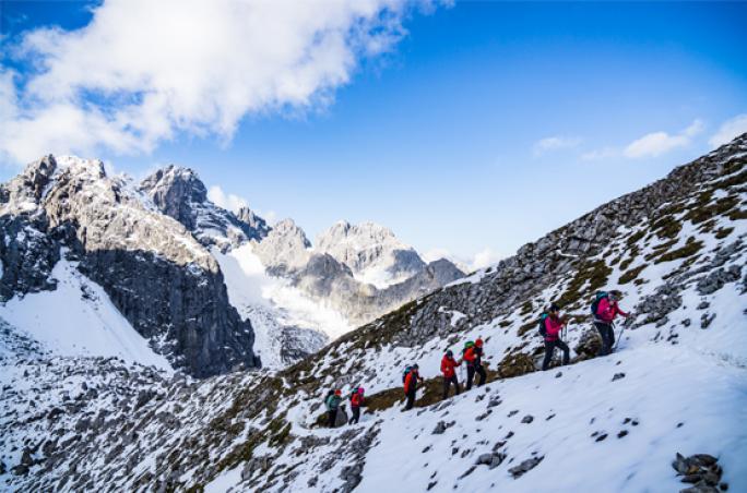 Schöffel und Lowa halten Händlerschulung in 1.917 Metern Höhe ab