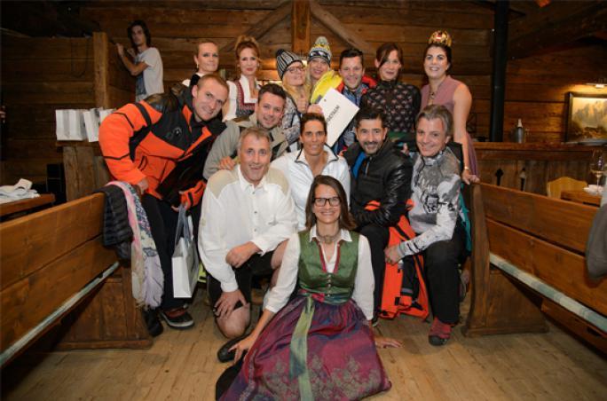 Sportalm: Modenschau zur 7. Wirtschaftswanderung in Tirol