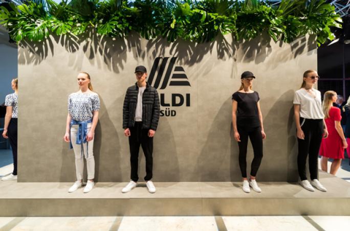 Steffen Schraut feiert Kollektions-Launch mit Aldi Süd
