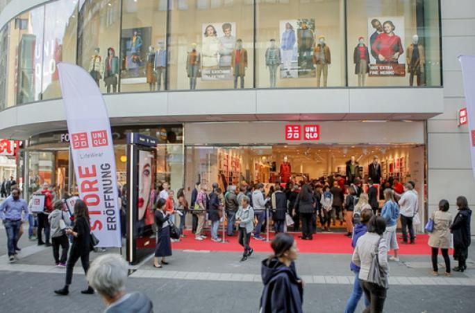 Uniqlo mit neuem Store und neuer Kollektion