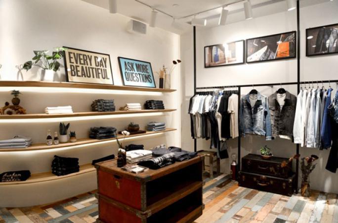 Denham eröffnet ersten Store in China