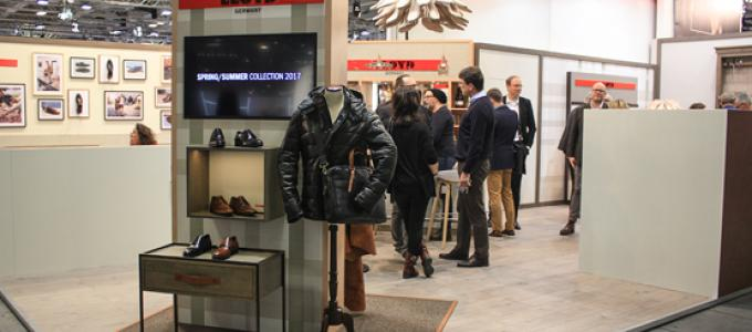 Lloyd Shoes GmbH ,  Panorama , Messestand,  Andreas Schaller